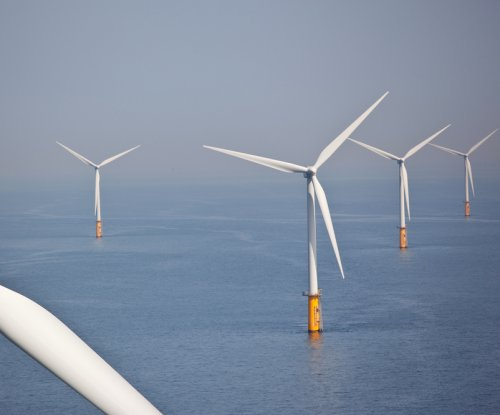 U.S. governors want more offshore wind support