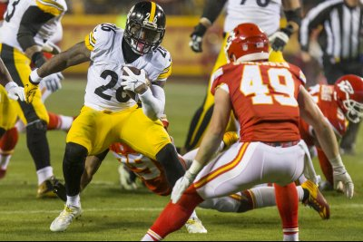 Pittsburgh Steelers, Le'Veon Bell play tag as training camp looms