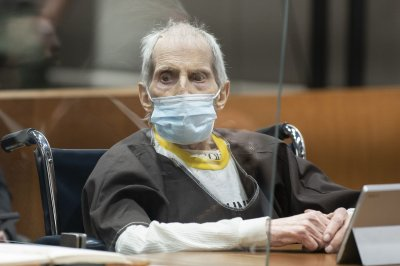 Robert Durst on a ventilator with COVID-19 after being convicted of murder