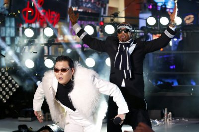 1M revelers flocked to Times Square for New Year's Eve