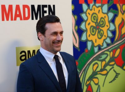 Jon Hamm stars alongside Murray and the letter 'O' on 'Sesame Street'