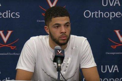 West Virginia snaps No. 6 Virginia's home win streak