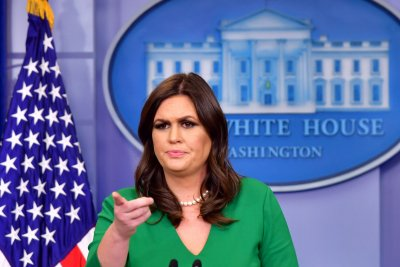 Watch live: Sarah Sanders gives White House briefing