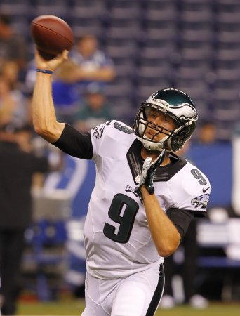 Foles rallies Eagles again in shootout with Redskins