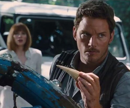 'Jurassic World' takes $213M bite of global box office, could pass $400M