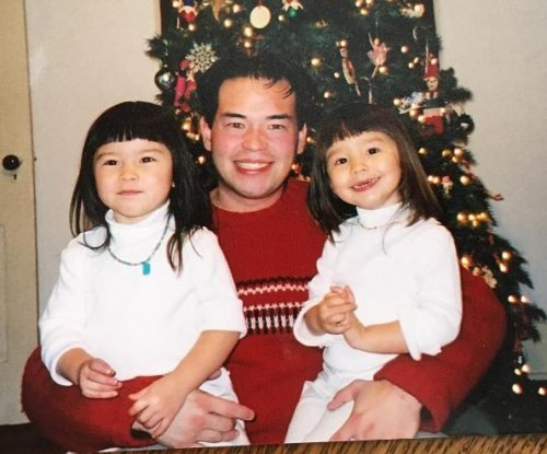 Jon Gosselin celebrates twin daughters' 16th birthday