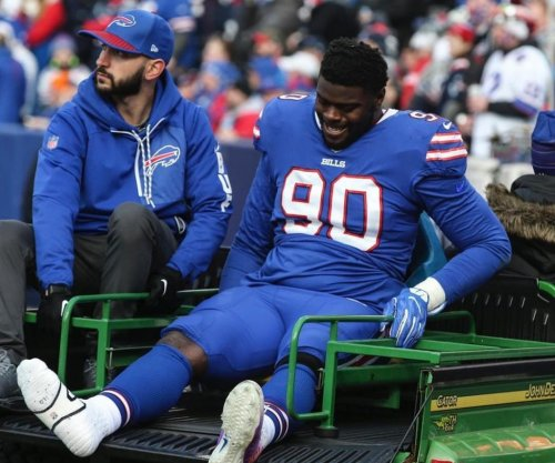 Buffalo Bills place DE Shaq Lawson on IR, ending his season
