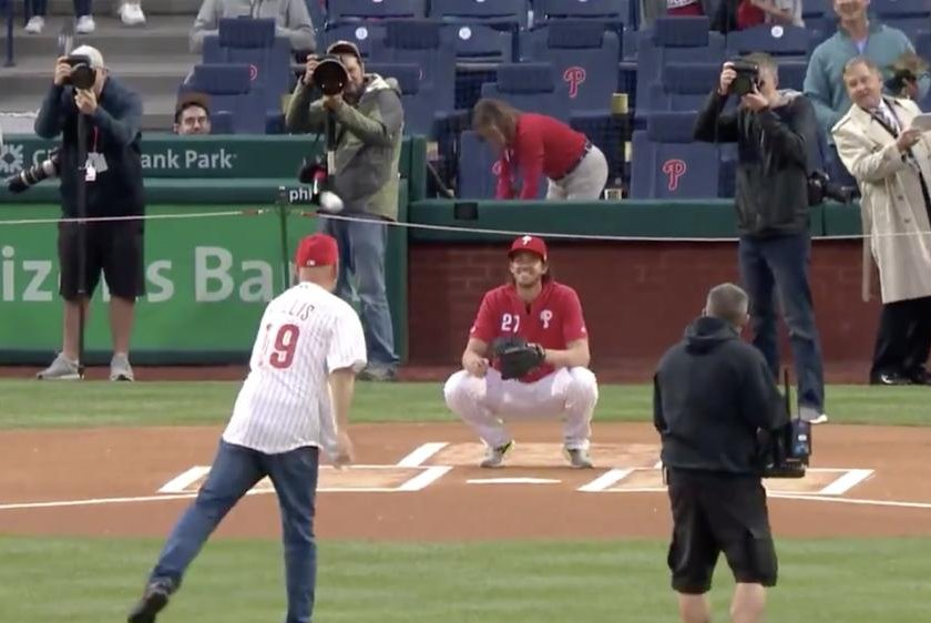 1e85a2a8c4008c Watch: Bruce Willis bounces in first pitch before Phillies game - UPI.com