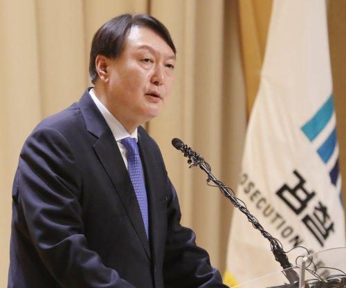 South Korean presidential candidate confirms intention to join main opposition