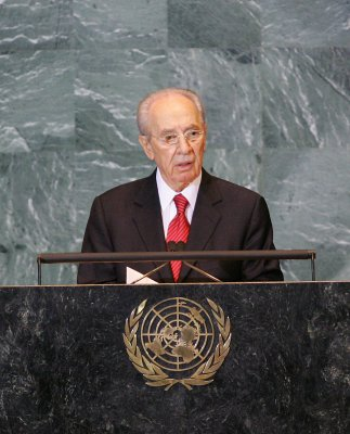 Peres: Iranian president 'gust of wind'