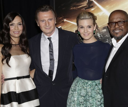 Liam Neeson's 'Taken 3' dethrones 'Hobbit' at the North American box office