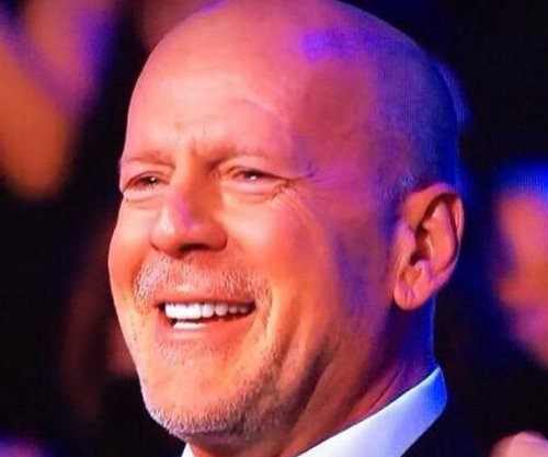 Rumer Willis moves dad Bruce Willis to tears on 'Dancing'
