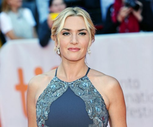 Kate Winslet bans social media inside home