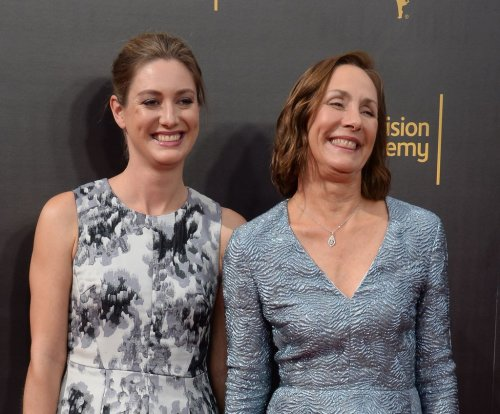 Zoe Perry lands recurring role on 'Scandal'