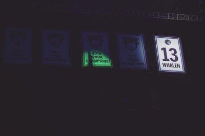 Minnesota Lynx retire Lindsay Whalen's jersey