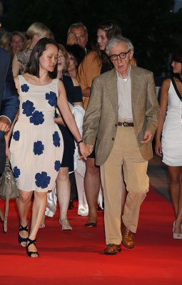 Woody Allen defends himself in New York Times op-ed piece