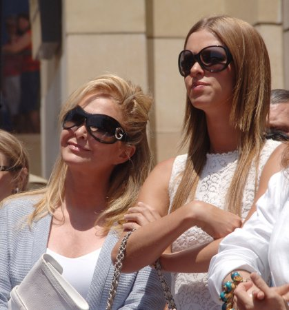 Paris Hilton's mom to guest star on 'Y&R'