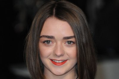 Maisie Williams accepts Guinness record for 'Game of Thrones'