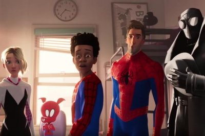 'Spider-Man: Into the Spider-Verse': Universes collide in new trailer