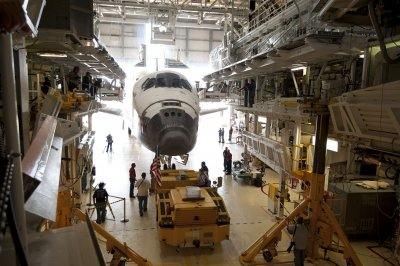 New York may change shuttle display plans