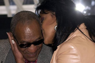 Phylicia Rashad defends TV husband Bill Cosby as comedian returns to stage