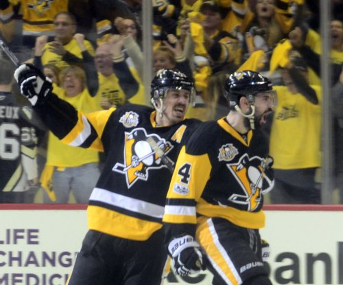 2017 Stanley Cup: Pittsburgh Penguins explode in third, take 2-0 series lead on Nashville Predators