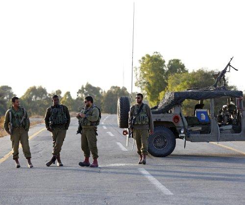 Israel destroys Gaza tunnel, killing seven Palestinians