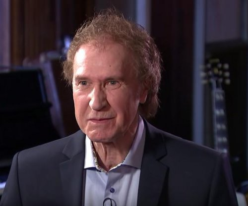 Ray Davies says The Kinks are reuniting, working on new album