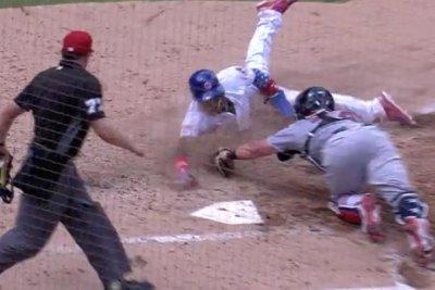 Cubs' Javier Baez steals home with mystifying slide