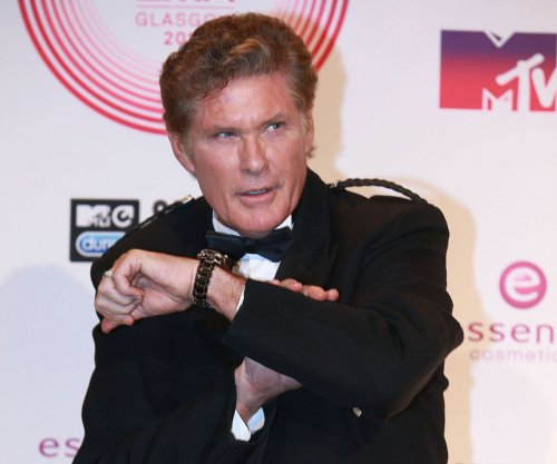 David Hasselhoff announces name change
