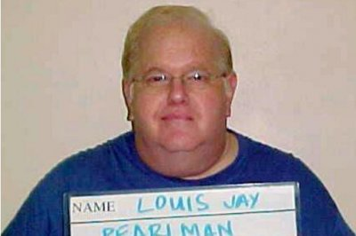 Lou Pearlman, disgraced founder of 'NSync and Backstreet Boys, dies in prison