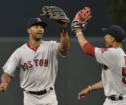 Boston Red Sox erupt early in rout of Minnesota Twins