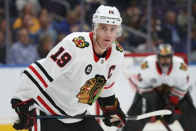 Blackhawks, Stars both hope to build off wins