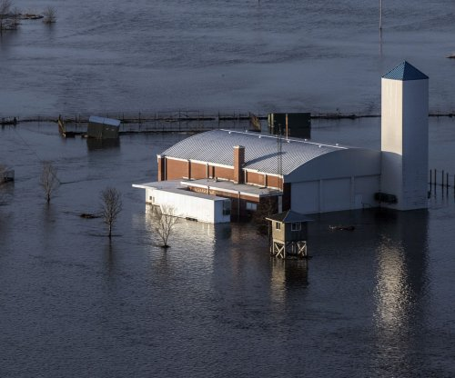 Historic flooding kills 3 as more rain approaches Midwest