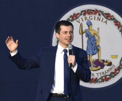 Buttigieg unveils Asian-American policy focusing on education