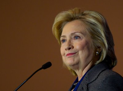 Democrats overwhelmingly back Hillary Clinton in 2016 presidential bid