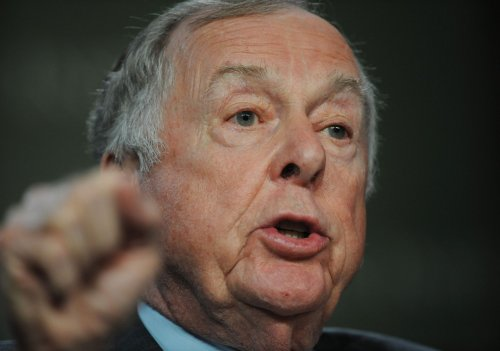 U.S. largest oil importer, Pickens says