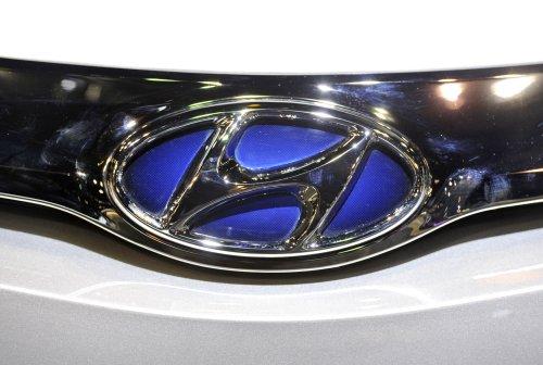 Hyundai Elantra gets two siblings
