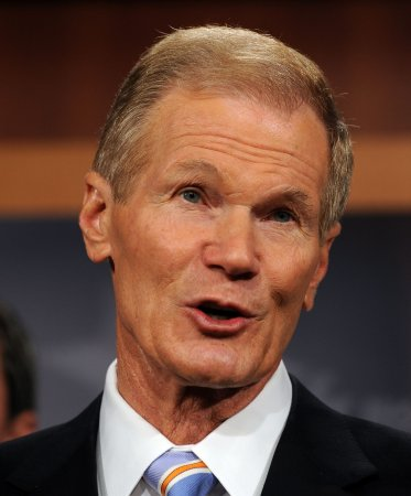 Sen. Nelson in Islamic donation dispute