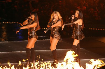 Destiny's Child reunite for Michelle Williams' new music video 'Say Yes'