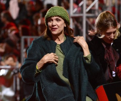 Valerie Harper says she was not in a coma this week