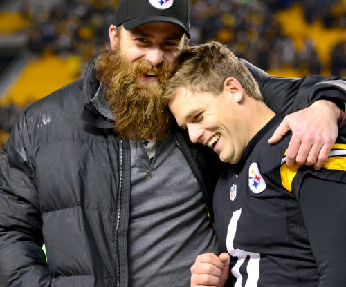 Pittsburgh Steelers K Shaun Suisham reportedly suffers torn ACL