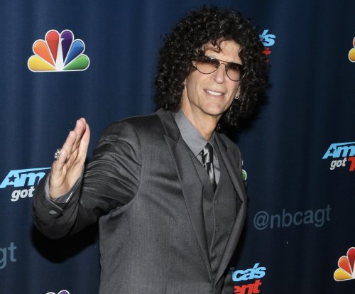 Howard Stern signs new five-year deal with SiriusXM