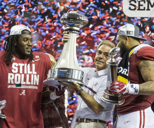 2016 Peach Bowl: No. 1 Alabama dominates No. 4 Washington to reach title game