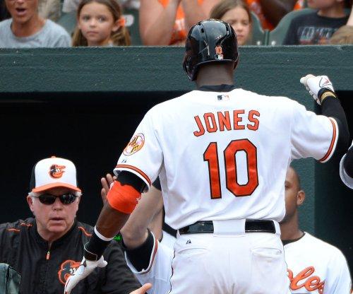 Adam Jones homers twice as Baltimore Orioles rout Minnesota Twins