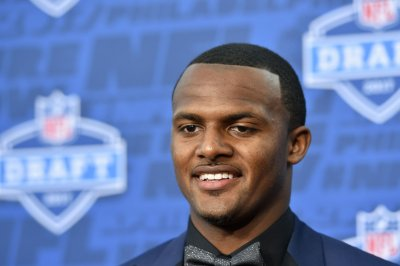Deshaun Watson feels like he let Houston Texans, fans and family down with injury