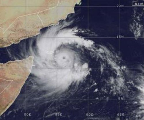 Oman, Yemen prepare for hurricane-strength Cyclone Mekunu