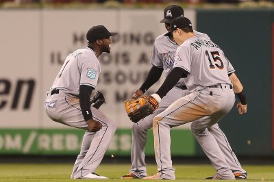 Miami Marlins trade OF Cameron Maybin to Seattle Mariners