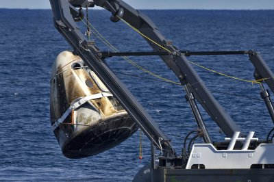 SpaceX acknowledges capsule destroyed; CRS-17 launch set for Friday