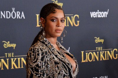 Beyonce records 'Lion King' album in teaser for ABC special